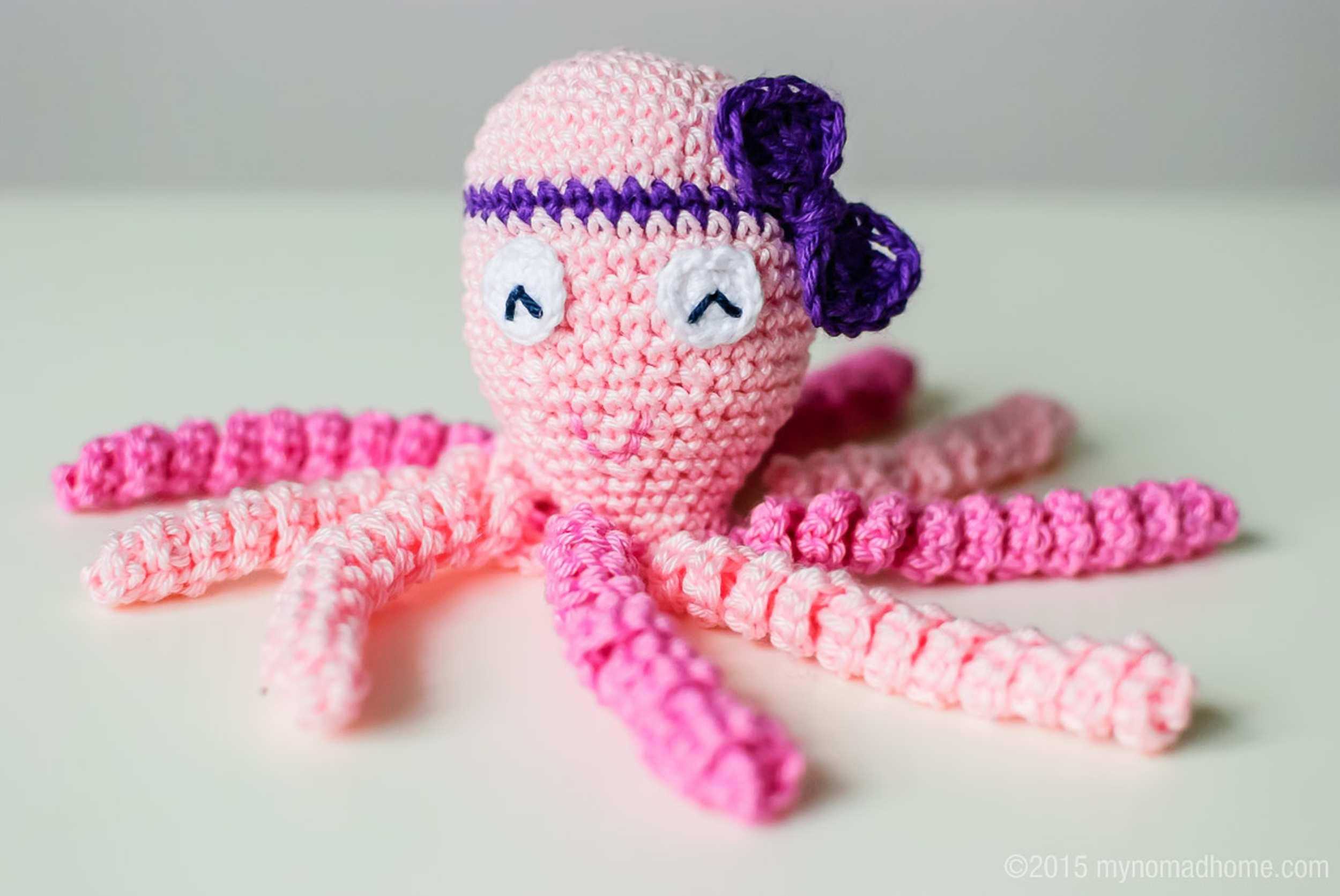 http://mynomadhome.com/octopus-for-a-preemie-osmiorniczka-dla-wczesniaka/